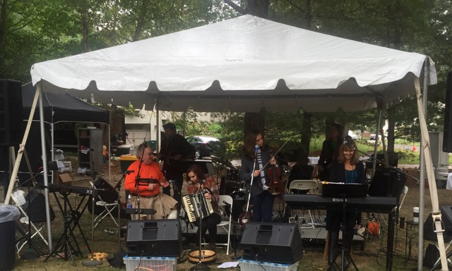 The Annual Oakland City Picnic features great music from talented local musicians